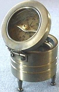 Compass Magnifier