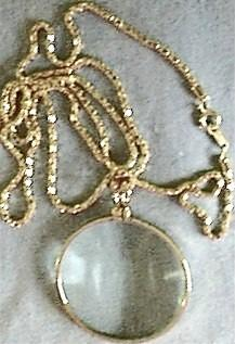 Necklace Magnifier, Gold Tone