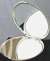 Round Mirror Open